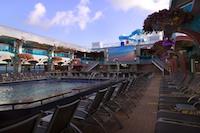 Carnival_Pool_splendor
