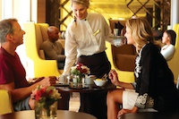 Celebrity_dining1